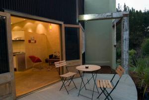 Indigo Bush Studios, Apartmány  Coromandel Town - big - 12