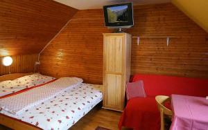 Penzion a drevenica pri Hati, Guest houses  Terchová - big - 18