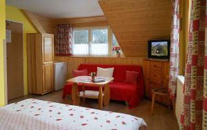 Penzion a drevenica pri Hati, Guest houses  Terchová - big - 19