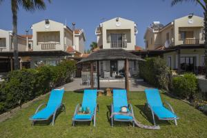 Meneou Beachfront Villa, Vily  Meneou - big - 2