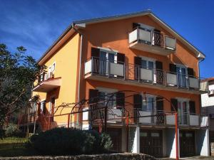 Apartment Nerezine 14542a