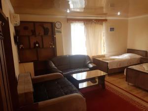 Guest House Villa, Гостевые дома  Кварели - big - 46