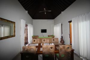 The Green Kamboja Villa, Villas  Sanur - big - 17