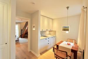 Ulenhof Appartements, Ferienwohnungen  Wenningstedt-Braderup - big - 32