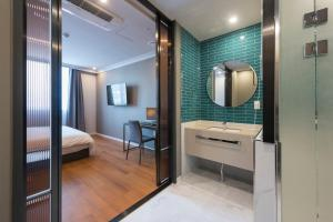 Brown-Dot Hotel Guseo, Hotely  Pusan - big - 5