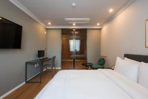 Brown-Dot Hotel Guseo, Hotely  Pusan - big - 9