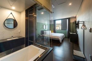 Brown-Dot Hotel Guseo, Hotely  Pusan - big - 21
