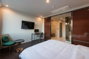 Brown-Dot Hotel Guseo, Hotely  Pusan - big - 49