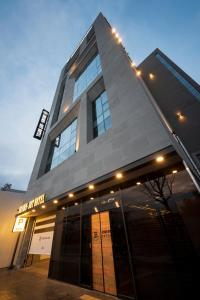 Brown-Dot Hotel Guseo, Hotel  Busan - big - 22