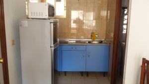Apartamentos Ocaña, Apartments  Cala de Finestrat - big - 2