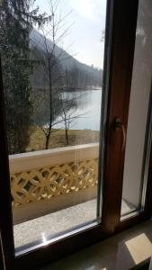 Eden Lake Park Apartment, Apartmanok  Ghirla - big - 5
