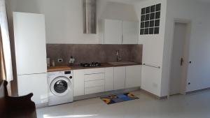 Eden Lake Park Apartment, Apartmanok  Ghirla - big - 9