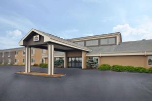AmericInn Motel and Suites