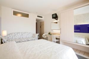Hotel Savoy, Hotely  Caorle - big - 16