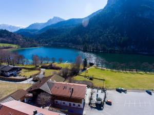 Alpengasthof Madlbauer, Гостевые дома  Бад-Райхенхаль - big - 41