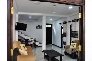 Villa Dineth, Апартаменты  Унаватуна - big - 19