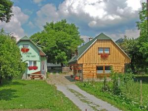 Penzion a drevenica pri Hati, Vendégházak  Terhely - big - 1