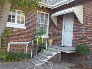 Gardenfly Guesthouse, Apartmány  Somerset West - big - 20