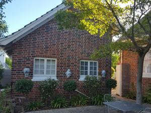 Gardenfly Guesthouse, Apartmány  Somerset West - big - 21