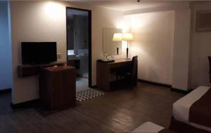 Tyche Boutique Hotel, Hotely  Legazpi - big - 19