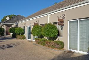 Gardenfly Guesthouse, Apartmány  Somerset West - big - 36