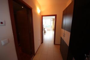 Menada Esperanto Apartments, Apartmány  Slunečné pobřeží - big - 64