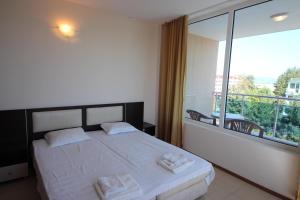 Menada Esperanto Apartments, Apartmány  Slunečné pobřeží - big - 66