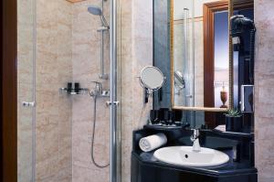 Pokój dwuosobowy Melia z prysznicem