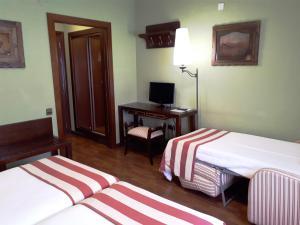 Hotel Urogallo, Hotely  Vielha - big - 37