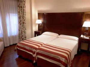 Hotel Urogallo, Hotely  Vielha - big - 5