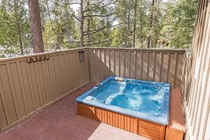 Wallowa with Western Charm Home, Дома для отпуска  Sunriver - big - 9