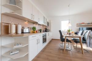 Haus Baltic Cube, Ferienwohnungen  Börgerende-Rethwisch - big - 165