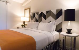 Premier One-Bedroom Suite