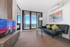 IFSTAYS Serviced Apartment Upper West Side at CBD