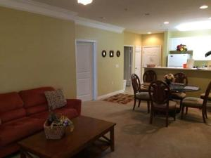1202 Crow Creek Drive Condo, Apartmány  Calabash - big - 1