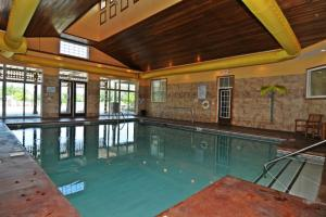 1112 Crow Creek Drive Condo, Apartmány  Calabash - big - 12