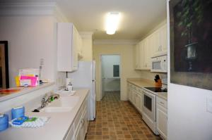 1112 Crow Creek Drive Condo, Apartmány  Calabash - big - 8