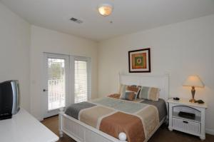 1112 Crow Creek Drive Condo, Apartmány  Calabash - big - 28