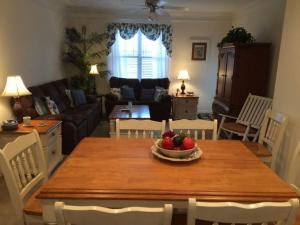 1115 Crow Creek Drive Condo, Apartments  Calabash - big - 9