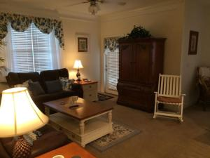 1115 Crow Creek Drive Condo, Apartments  Calabash - big - 14