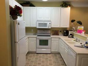 1202 Crow Creek Drive Condo, Apartmány  Calabash - big - 2