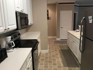 1204 Crow Creek Drive Condo, Apartmány  Calabash - big - 11