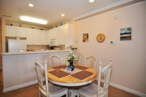 1322 Crow Creek Drive Condo, Appartamenti  Calabash - big - 14