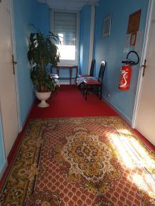 Hotel De L'arrivée, Hotel  Saint-Brieuc - big - 13