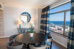 King Executive Panoramic Suite