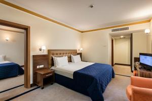 Maritim Pine Beach Resort, Resorts  Belek - big - 2
