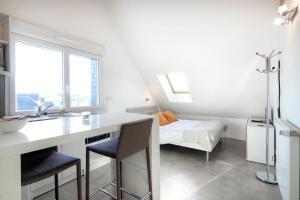 Les Gîtes d'Emilie, Apartmány  Melesse - big - 36