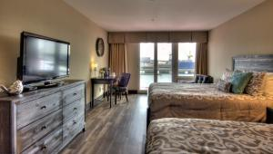 The Lonsdale Quay Hotel, Hotel  North Vancouver - big - 4