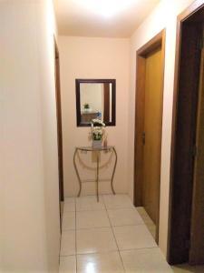 Apartamento próximo ao Centro de Gramado - Charmoso, Апартаменты  Грамаду - big - 16