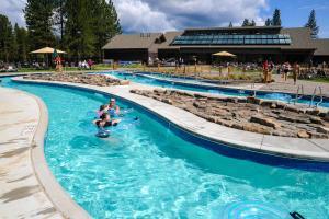 7 Redwood, Case vacanze  Sunriver - big - 3